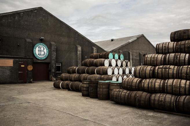 Bruichladdich Distillery (1)_credit_ Bruichladdich.jpg
