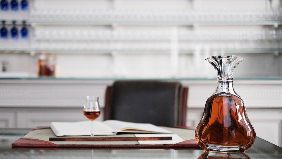 cognac_Hennessy-Paradis-Imperial-Tasting-Room_2000x1333.jpg