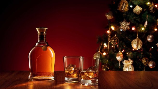 header-liquor-christmas-tree-GGSPIRITS0919.jpg